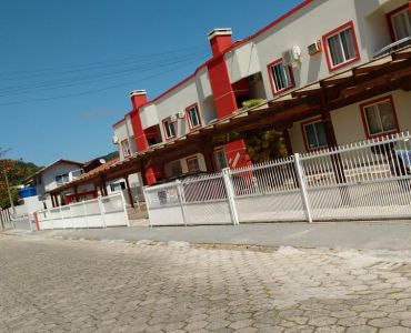 AP-73 - Ap 2 bedrooms near the beaches of 4 Islands and Bombinhas
