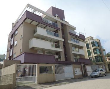 AP-184 - Two Bedroom Apartment Decorated in Pumps